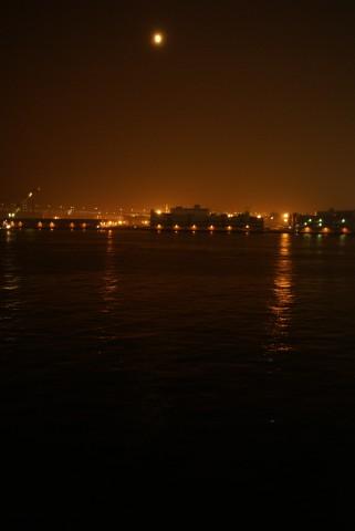 横浜港の中秋の名月