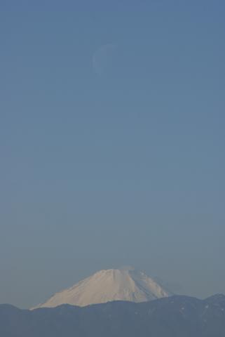 上限のお月様と富士山