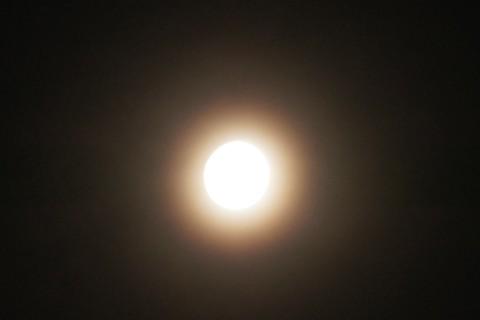 小望月と光冠