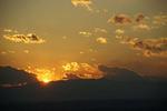 間もなく日が沈む。富士山がもうちょっと顔を出してくれれば!