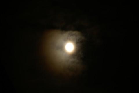 満月の光冠