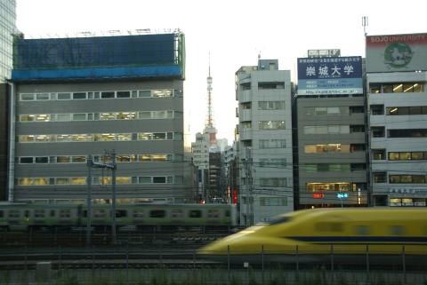 ドクターイエローと東京タワー