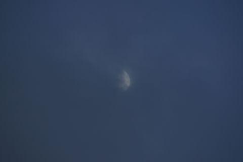雨降りお月さん