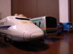 「700系新幹線」と「東海道線」