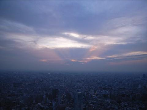 溢れ出る夕焼け光線