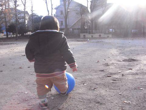 ボール蹴り