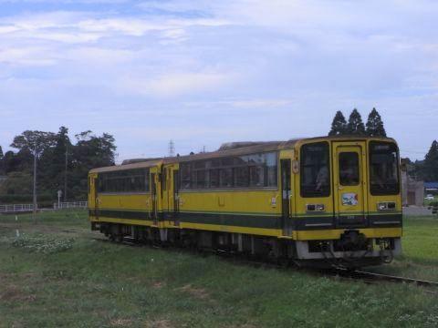2両編成で走るいすみ鉄道