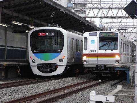 西武30000系スマイルトレインと東京メトロ